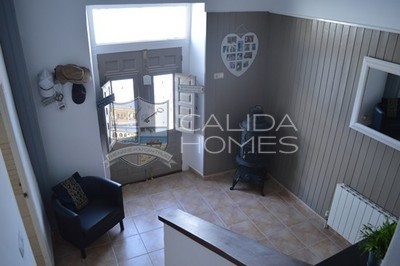 6640: Detached Character House in Arboleas, Almería