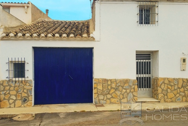 7450: Village or Town House for Sale in Huercal-Overa, Almería