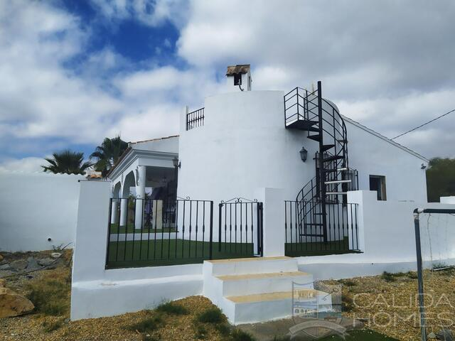 Casa de Margarita: Resale Villa for Sale in Albox, Almería