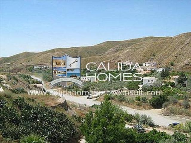 cla 1249: Detached Character House for Sale in Albox, Almería
