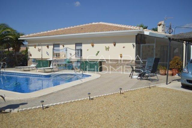 Cla 6838: Resale Villa for Sale in Arboleas, Almería