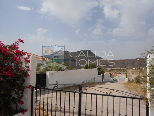 cla 6998: Resale Villa for Sale in Arboleas, Almería