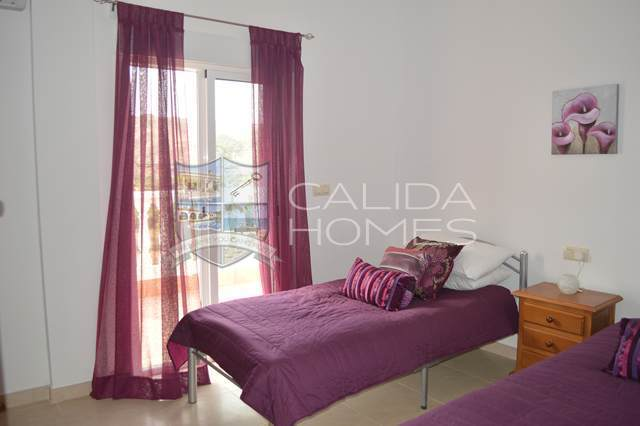 cla 7010: Resale Villa for Sale in Almanzora, Almería