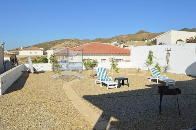 cla 7022: Resale Villa for Sale in Arboleas, Almería