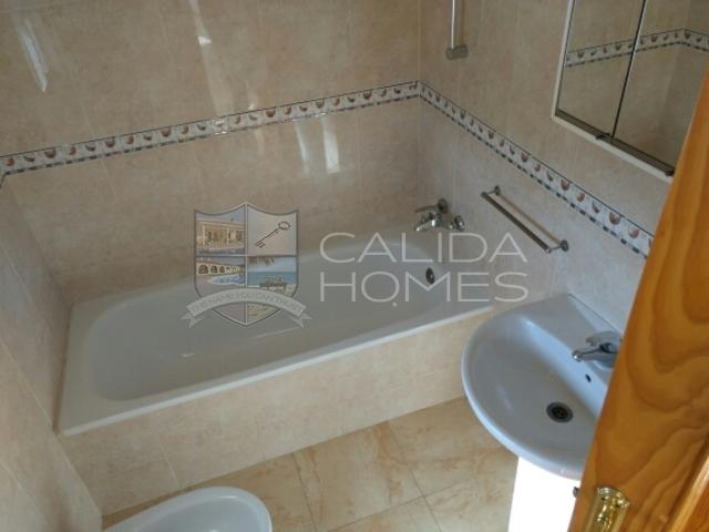 Cla 7075: Resale Villa for Sale in La Piedra Amarilla, Almería