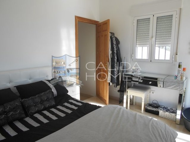 cla 7089: Resale Villa for Sale in Oria, Almería