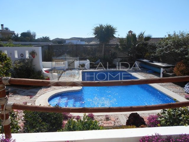 cla 7123: Resale Villa for Sale in Arboleas, Almería