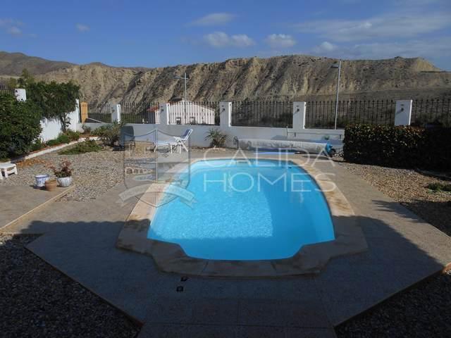 cla 7196: Herverkoop Villa te Koop in Arboleas, Almería