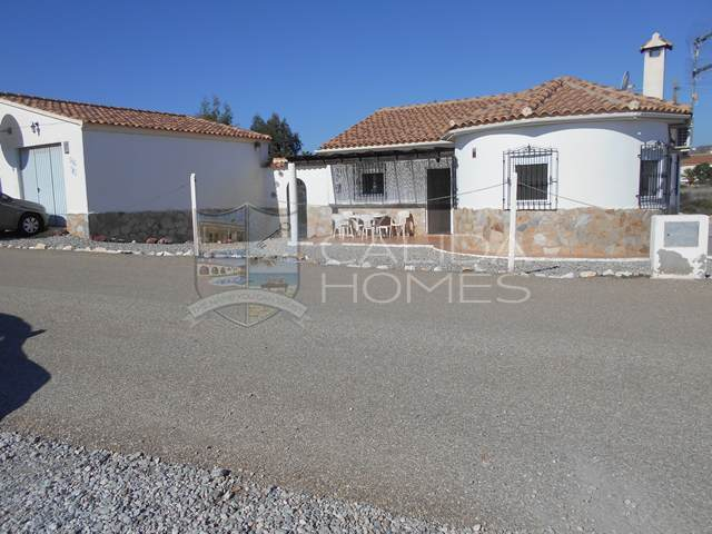 cla 7197: Resale Villa for Sale in Arboleas, Almería