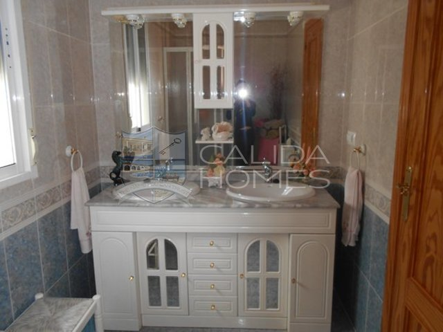 Cla 7203: Resale Villa for Sale in Arboleas, Almería