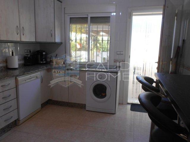 Cla 7208: Resale Villa for Sale in Arboleas, Almería