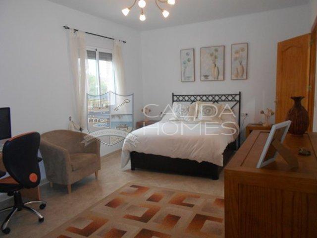 cla 7212: Herverkoop Villa te Koop in Cantoria, Almería