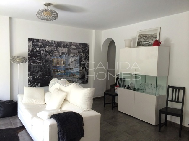 cla 7321: Duplex for Sale in Vera Playa, Almería