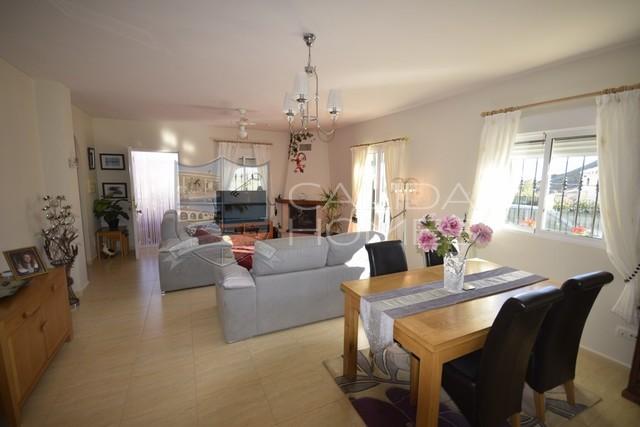 cla 7352 Villa Bonita : Resale Villa for Sale in Arboleas, Almería