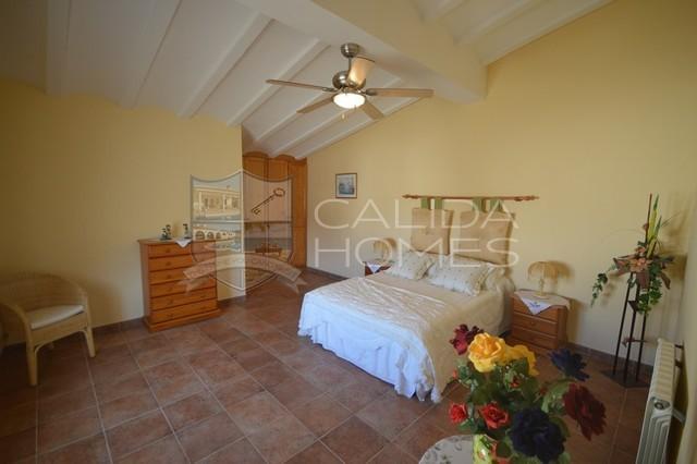 CLA 7369 Villa Paloma Blanco: Resale Villa for Sale in Cantoria, Almería