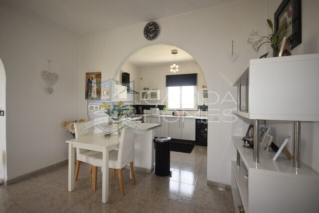 Cla 7396 Villa Jewel : Resale Villa for Sale in Albox, Almería