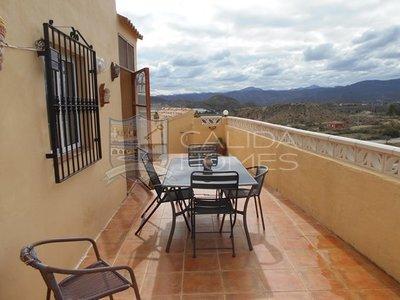 cla 7204 Villa Amarilla : Resale Villa in La Piedra Amarilla, Almería