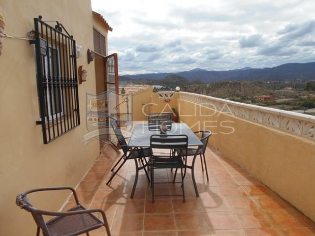 cla 7204: Resale Villa for Sale in La Piedra Amarilla, Almería
