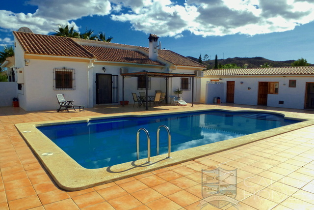 Cla 7461 Villa Palmera : Resale Villa for Sale in Arboleas, Almería