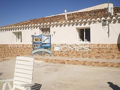 cla 778: Dorp of Stadshuis in Chirivel, Almería
