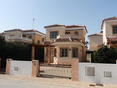 CLA-D351: Detached Character House in El Rason, Asturias