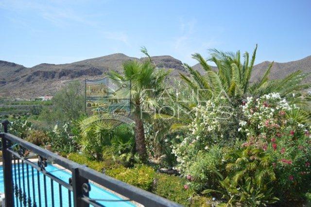 cla6196: Resale Villa for Sale in Almanzora, Almería