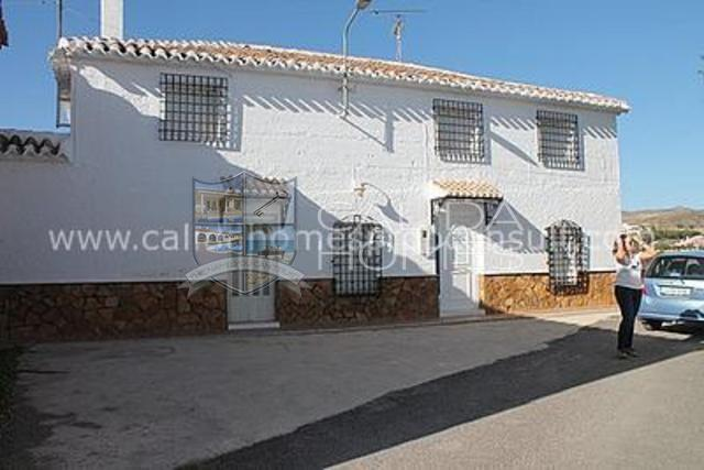cla6395: Detached Character House for Sale in Albox, Almería