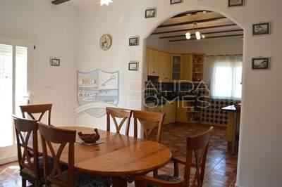 cla6975: Resale Villa in Cantoria, Almería
