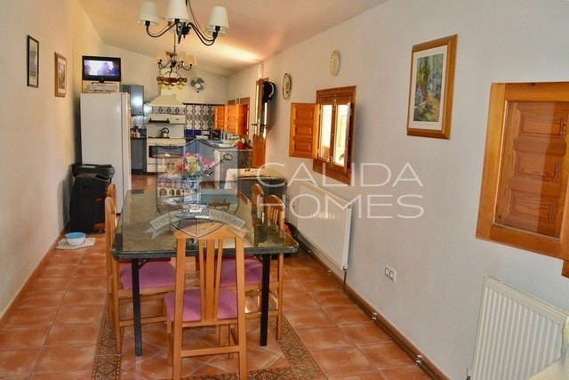 cla7066: Detached Character House for Sale in Oria, Almería