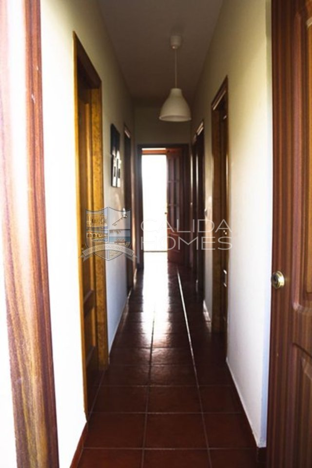 cla7087: Resale Villa for Sale in La Alfoquia, Almería