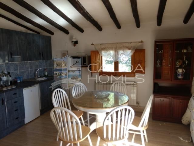 upper floor kitchen diner