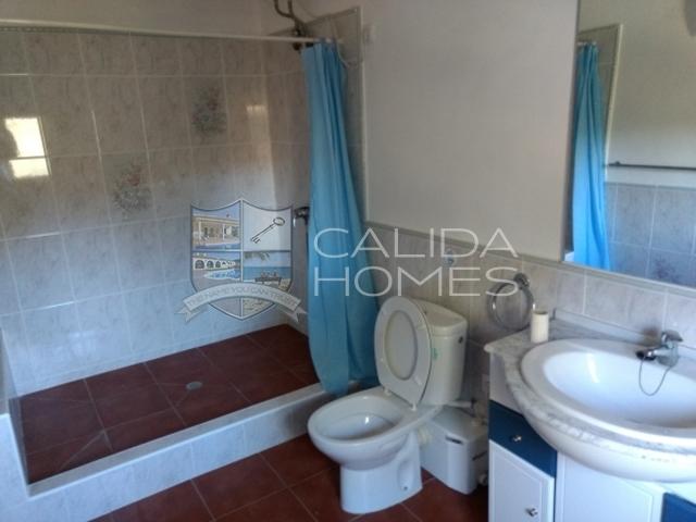one of upper floor bathrooms