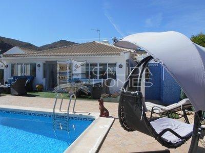 cla7131: Resale Villa in Arboleas, Almería