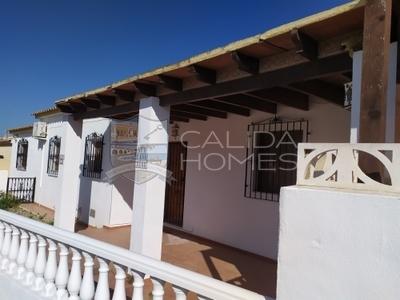 cla7172 Villa Olive : Resale Villa in Arboleas, Almería