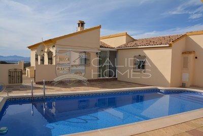 Cla7217: Resale Villa in Albox, Almería