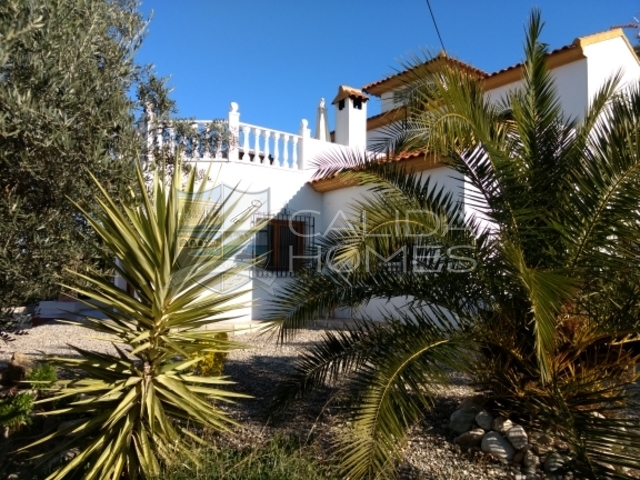 cla7225: Resale Villa for Sale in Arboleas, Almería