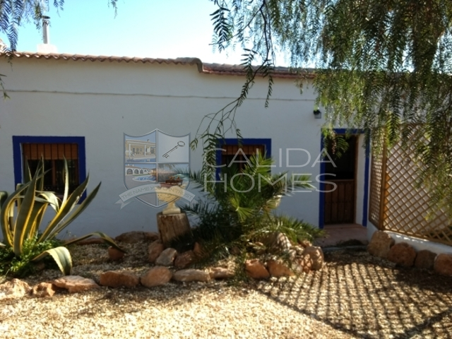 cla7237: Detached Character House for Sale in Albox, Almería