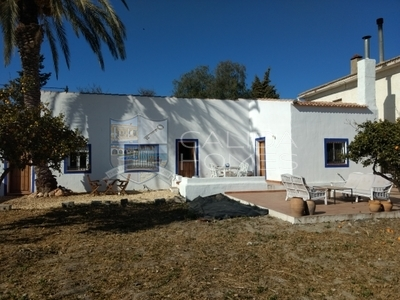 cla7237: Detached Character House in Albox, Almería