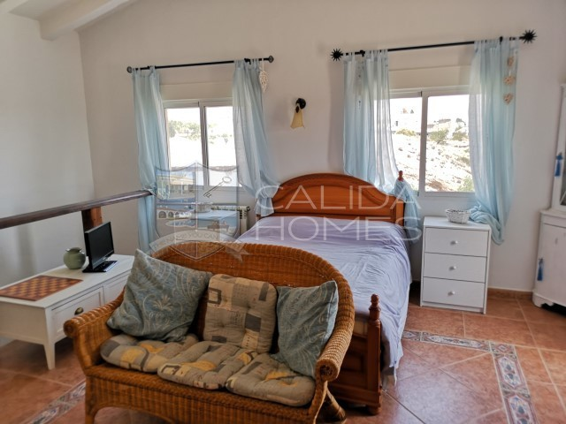 Cla7247: Resale Villa for Sale in Albox, Almería
