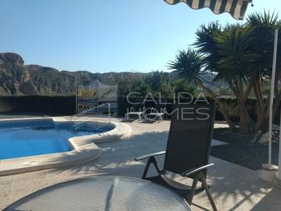 cla7261: Resale Villa in Arboleas, Almería