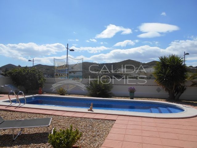 CLA7267- Villa Palmera: Resale Villa for Sale in Arboleas, Almería
