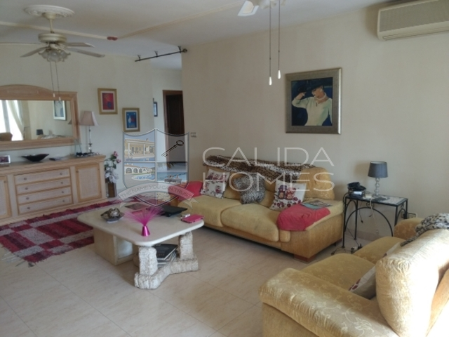 cla7271: Resale Villa for Sale in Arboleas, Almería
