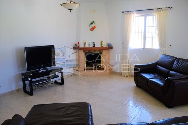 cla7274: Resale Villa for Sale in Zurgena, Almería