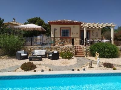 cla7300: Resale Villa in Arboleas, Almería