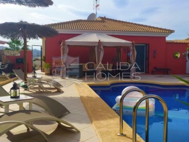 cla7329 Villa Rouge: Herverkoop Villa te Koop in Arboleas, Almería