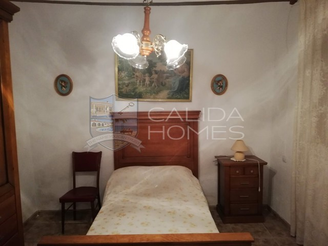 Cla7331: Village or Town House for Sale in Arboleas, Almería