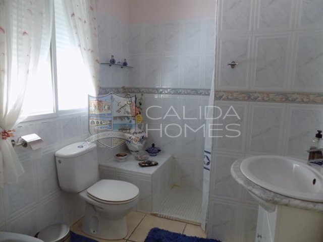 cla7334 Villa Hola : Resale Villa for Sale in Albanchez, Almería