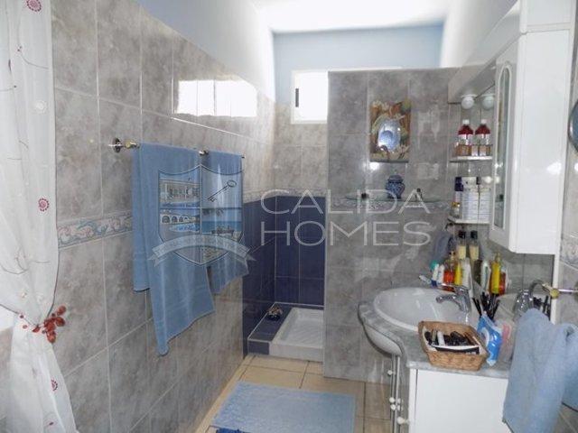 cla7334 Villa Hola : Resale Villa for Sale in Albanchez, Almería