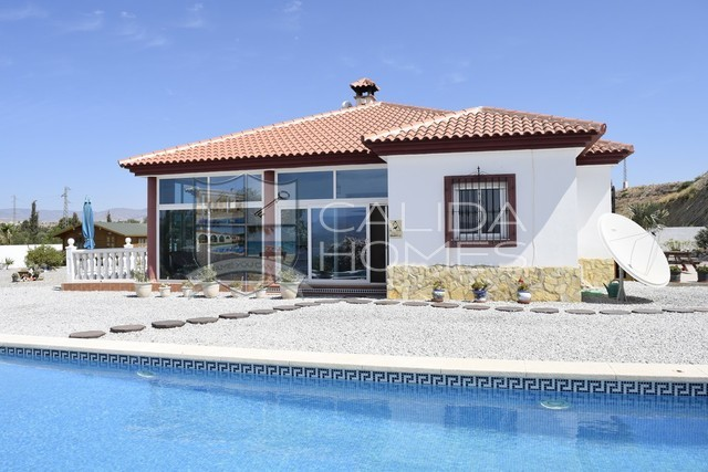 cla7346 Villa Tranquillity: Resale Villa for Sale in Albox, Almería