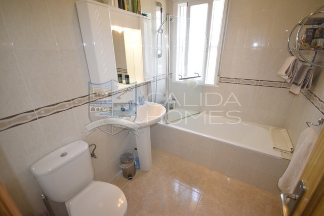 cla7350 Villa Serendipity: Resale Villa for Sale in Albox, Almería